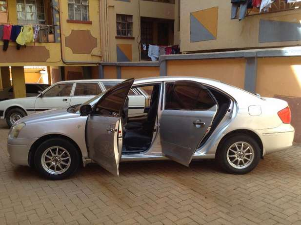 Well Maintained Toyota Premio Westlands - image 2