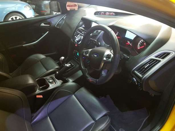 2015 Ford Focus ST3 2.0 Ecoboost Newcastle - image 3
