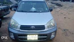 Clean niger used toyota rav4 just like tokunbo for sale
