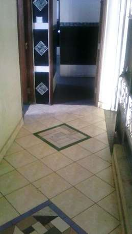 Spacious rental office near Nakumatt cinemax in secure building Nyali - image 5