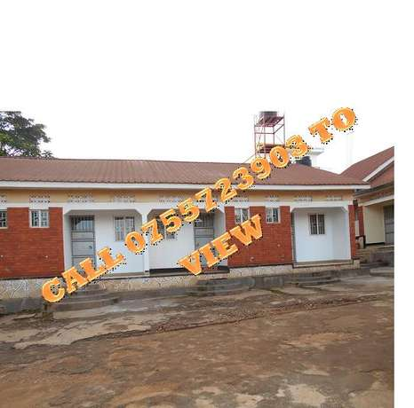 Durable double self contained in Kyaliwajjala at 350k Wakiso - image 1