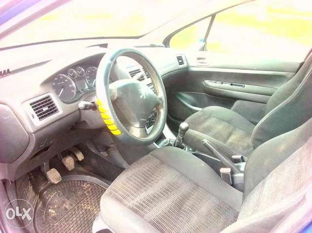 Clean Peugeot 307 for sale Kuje - image 5