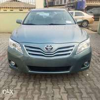 Tincan Cleared 2009 Toyota Camry XLE V6