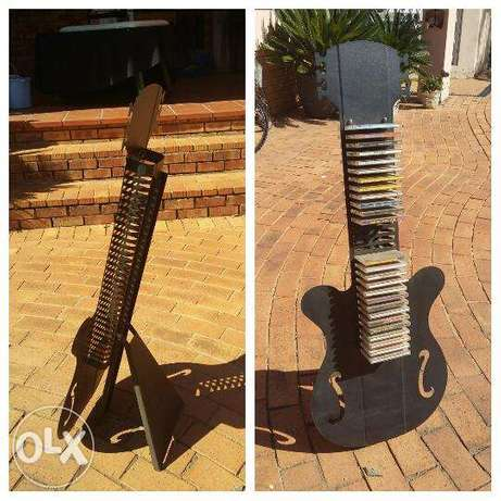 Cd stand guitar shaped Roodepoort - image 1