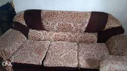 A 5 sitter sofa set for sale