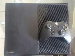 Xbox one(500GB) for sale. R2500