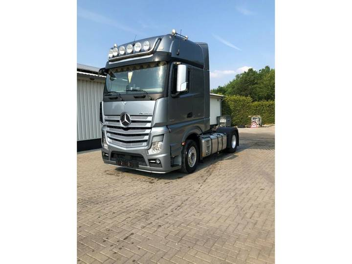 Mercedes-Benz Actros 1851 GigaSpace Retarder / Leasing - 2014