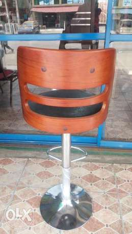 This is a brand new imported wine bar stool Ikorodu - image 2