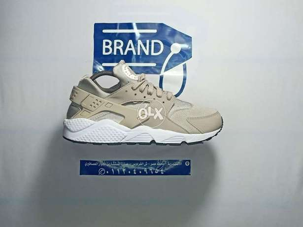Brand378 Nike air size 10.5 us