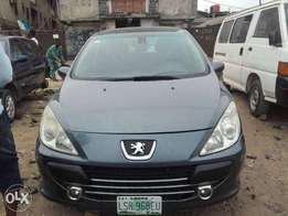 Very clean registered Peugeot 307 Automatic drive