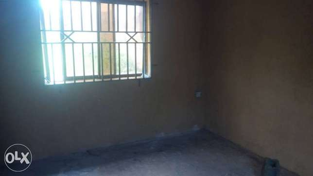 2 bedroom bungalow on about 800sqm of land at Ologuneru area Ibadan Ido - image 2
