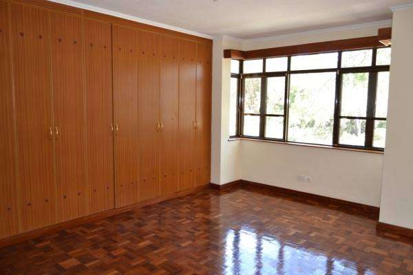 4 Town hses for sale Lavington Kitisuru - image 5