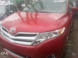 Tincan cleared tokunbo toyota venza 2013 fuloption keyless