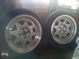 """I have 15"""" mag rims.narrow n wide. Full set of 4 with tyres"""