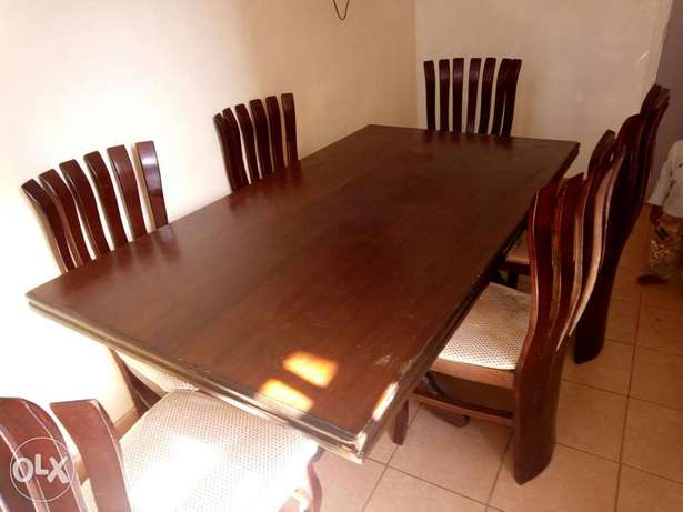 Dinning table with 6 chairs Thika - image 2