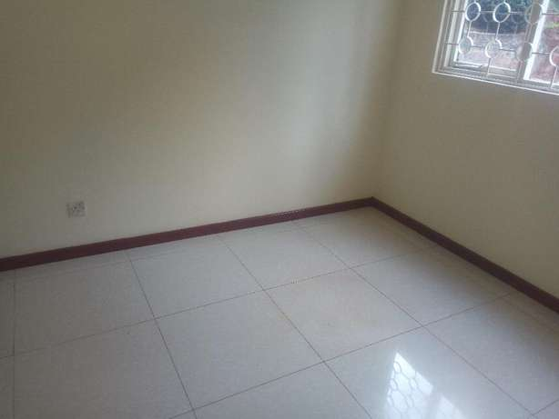 3 bedrooms 21/2 bathrooms own compound to let in kyuna. Westlands - image 7