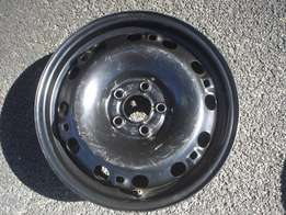 VW polo 15 inch 5 hole rims like new for sale!!