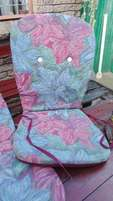 Beach umbrella with 6 matching cushions