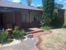 This is a Bargain 3 x Bedroom home for sale in Vanderbijlpark CE1