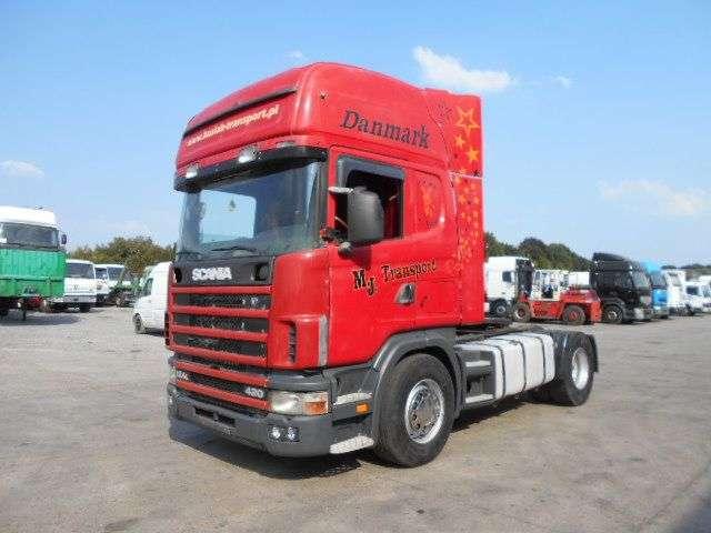 Scania 124-420 topline - 2001