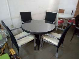 Sit out round dining table by 4chairs