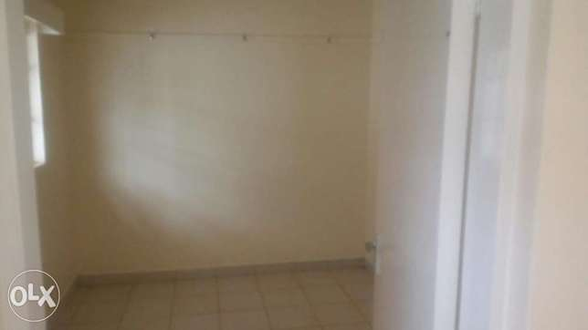 Double room next to yaya centre Kilimani - image 5