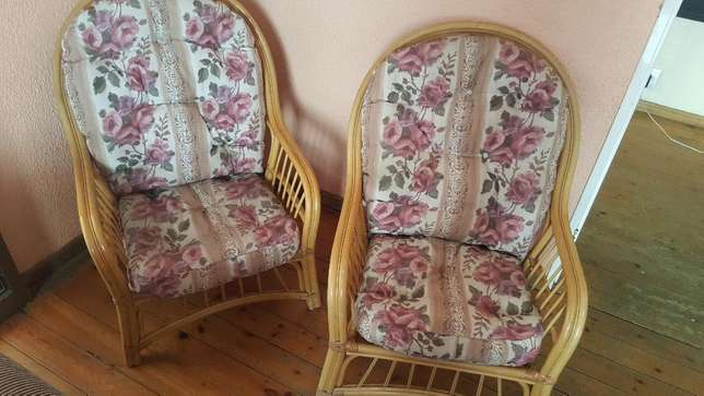 Pair of Cane Chairs With Cushions Kensington - image 7