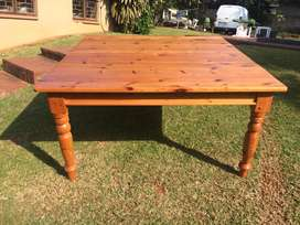 8 Seater Oregon Pine Dining Room Table