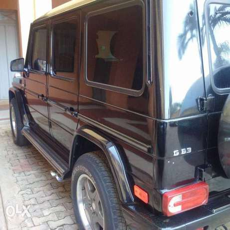Extremely clean 2006 G63 G wagon Benin City - image 2