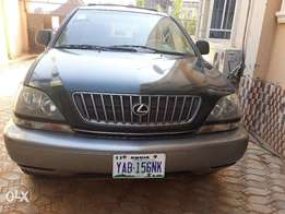 Registered Lexus RX 300 with confirmed custom paper