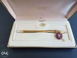 New Gold 18K Cross pen
