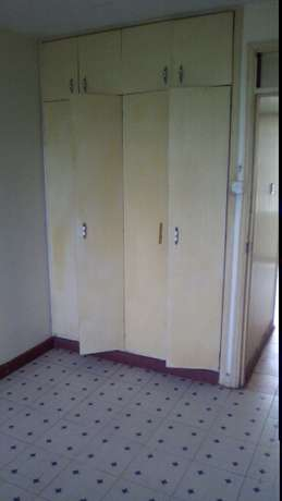 Two Bed roomed House Near National Bank 14000ksh Ongata Rongai - image 3