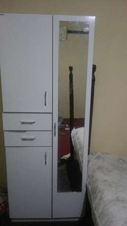 Beautiful wardrobe in very good condition Kampala - image 4