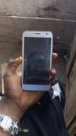 I want to sell my itel A51, working perfect and just a month old. Alimosho - image 3