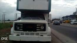 Very Neat tokunbo GMC truck up for grab