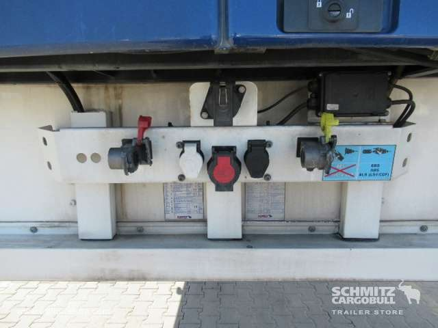 Schmitz Cargobull Tiefkühler Multitemp Doppelstock Trennwand - 2013 - image 17