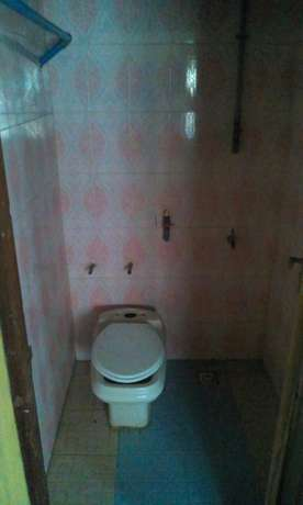 To let one room self contain. Serious client call only Ikotun - image 6