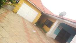 3bedroom house with boys quarters for rent at spintex