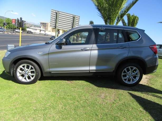 BMW x3Drive 2.0d Exclusive A/T- Full service history Kuils River - image 3