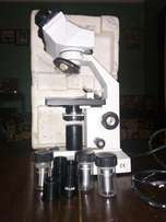 Stereo lab microscope brand new at shs1.8m