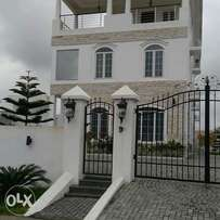 5bedroom luxury newly built duplex for sale at Banana Island