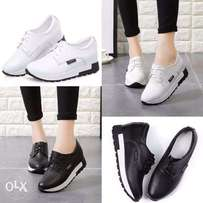 Pointy Nose fashion sneakers