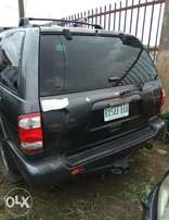 Clean Nissan Pathfinder 2002 Model