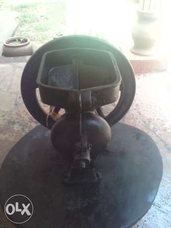 Antique 100 years old for quick sale Mtwapa - image 3