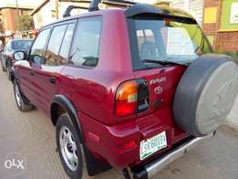 Excellent 1999 Toyota RAV4 (buy and use) for sale