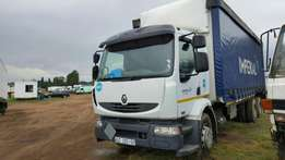 Renault 270dci 14tonne truck on special