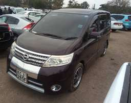 Nissan Serena 2009 model KCJ well maintained like Noah Voxy