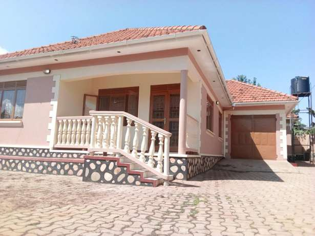Stand alone for rent 500,000/= Wakiso - image 1