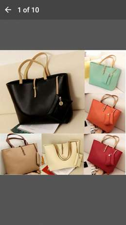 Shoulder bag for 500 and get a FREE gift Midrand - image 2
