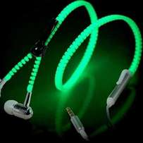 2017 wired zip up glow in the dark earphones for all mobile phones and